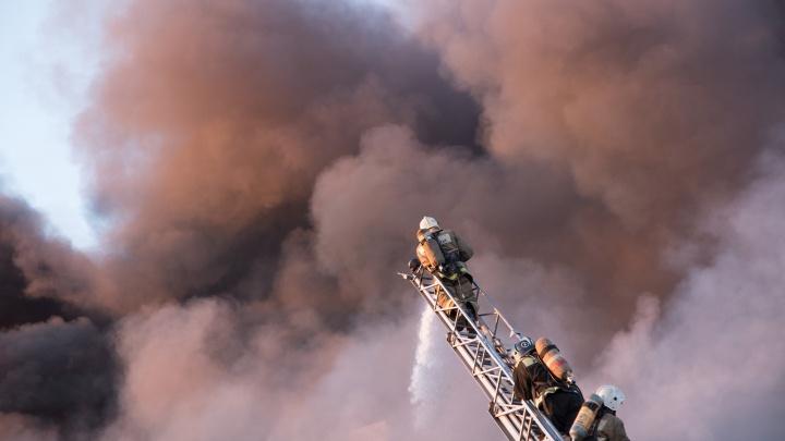 В Самарской области от удара молнии загорелся частный дом