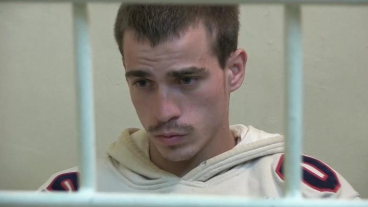 «Он забил ее молотком»: в Волгограде поймали студента ВолГУ, зверски убившего мать на глазах у детей