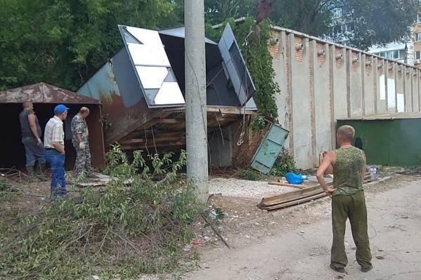 Демонтаж гаражей на улице XXII Партсъезда<br>