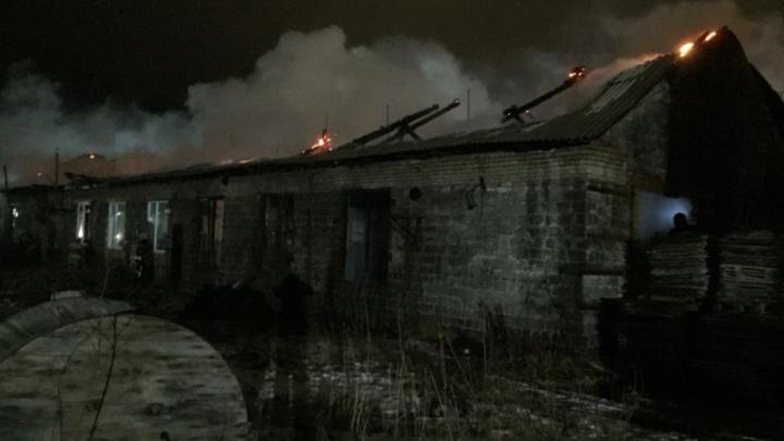 «Гидрант оказался неисправен»: на складе в Северодвинске взорвалось четыре баллона с газом