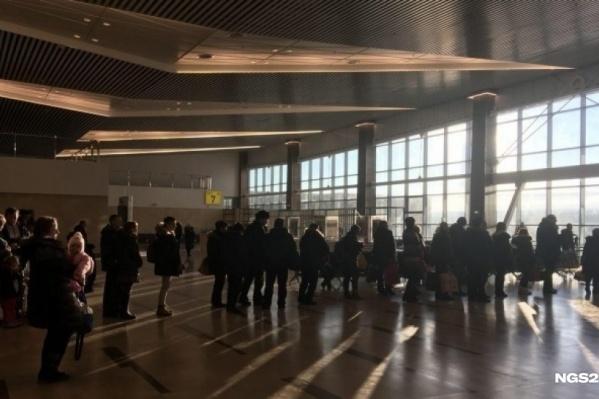 Молодые люди массово стремятся покинуть Красноярск