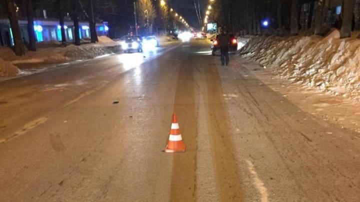 Audi сбила пожилую женщину на Ватутина: пострадавшая в больнице с тяжёлыми травмами