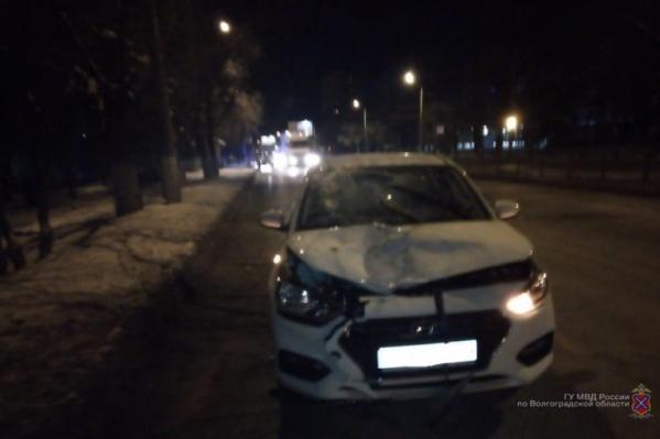 В Кировском районе мужчину сбили на пешеходном переходе