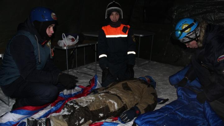 Если упал метеорит: в Кургане студенты спасательного отряда учились ликвидировать нестандартное ЧП