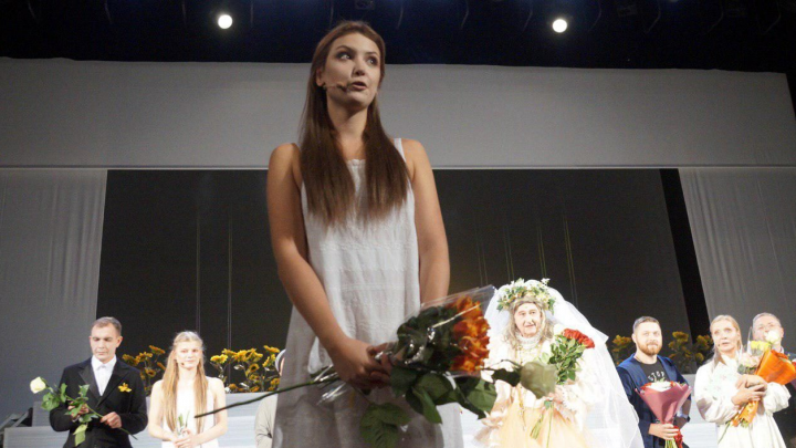 Актриса Театра-Театра уволилась после скандала из-за поддержки Павла Устинова