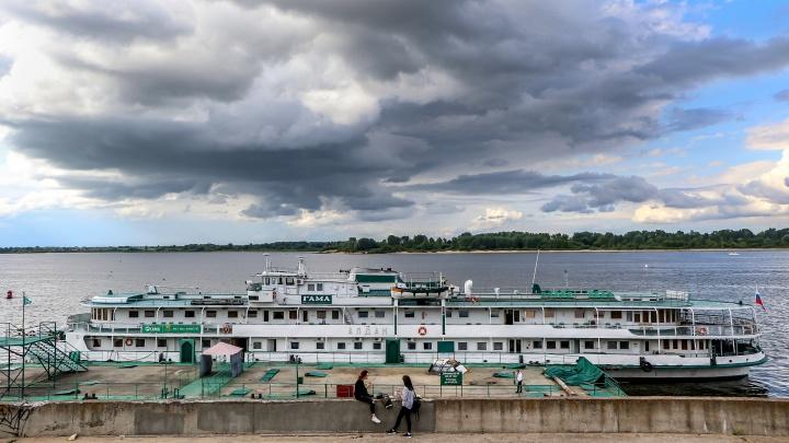 МЧС предупреждает: в Нижний Новгород идёт гроза с градом