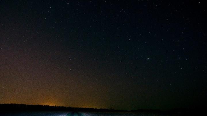 В эти выходные тюменцы будут наблюдать новолуние и метеорный поток