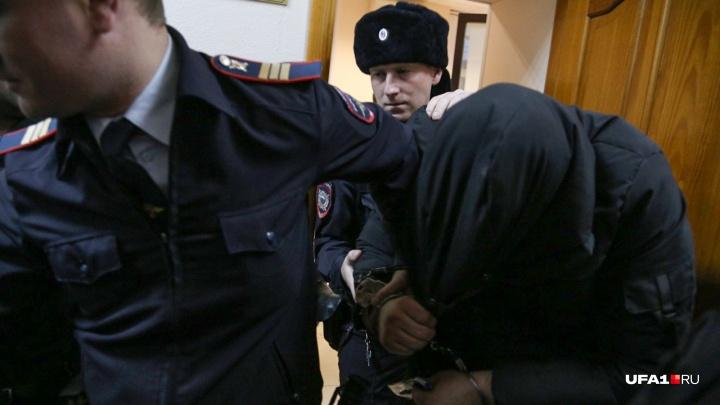 Адвокат обвиняемого в изнасиловании экс-полицейского: «Три страницы из допроса потерпевшей исчезли»