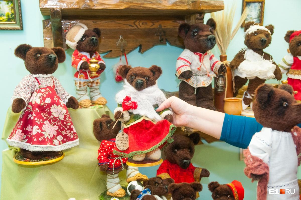 Такой медведь есть даже у Путина: екатеринбурженка шьет мишек, как из советских мультиков