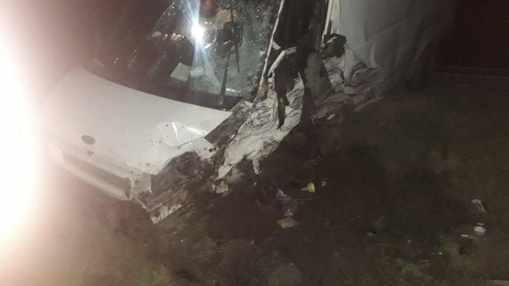 Два водителя из Ханты-Мансийского округа попали в лобовые аварии на трассе Волгоградской области