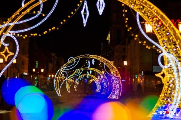 Скоро самарские бульвары и площади станут похожи на декорации новогодней сказки
