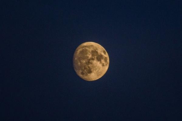 В фазу полнолуния Луна войдёт утром 21 января, а в перигей — ночью на 22 января