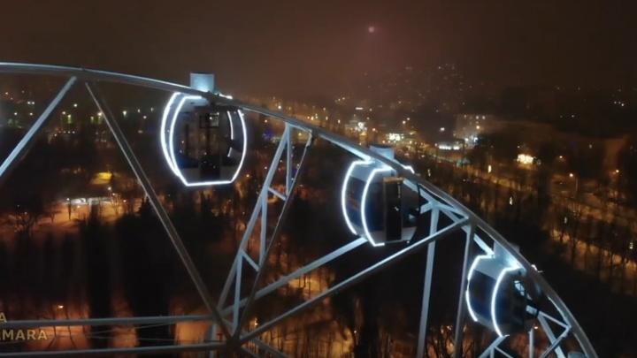 Ночную подсветку колеса обозрения в парке Гагарина сняли на видео с высоты