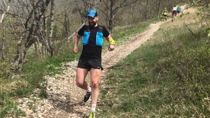 109 километров по горам и оврагам: южноуралец пробежал ультрамарафон по черноморскому побережью