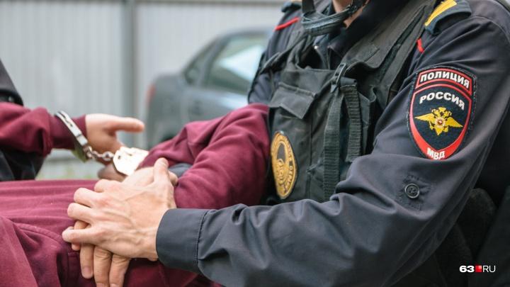 В Самаре полицейские поймали мужчину, который 19 лет назад убил женщину на свидании