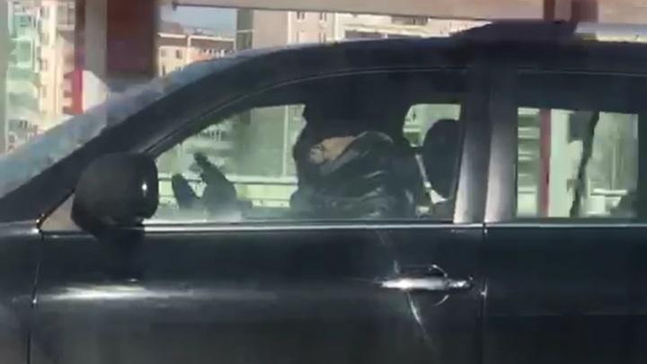 Ориентировки переданы постам: полиция ищет водителя, который обстрелял «шестёрку» на Объездной