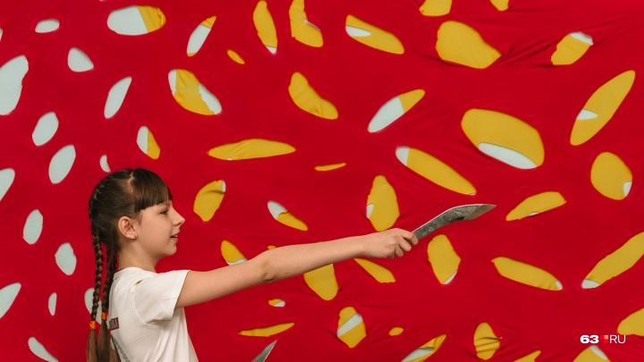 Метательница ножей и знаток космоса: чем юные самарцы удивили создателей шоу «Лучше всех»