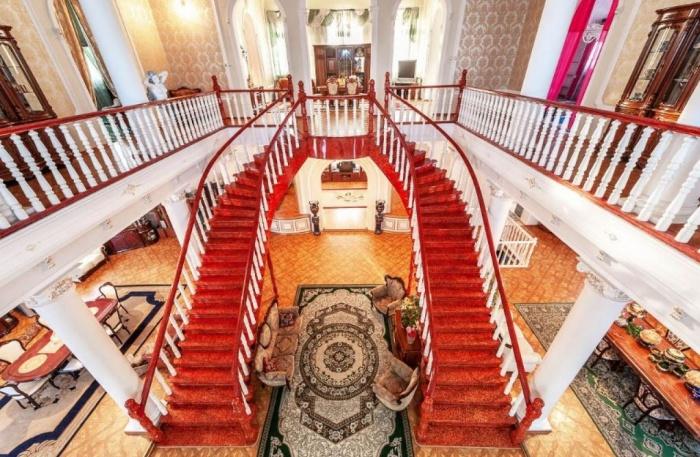 Такие лестницы есть далеко не в каждом доме