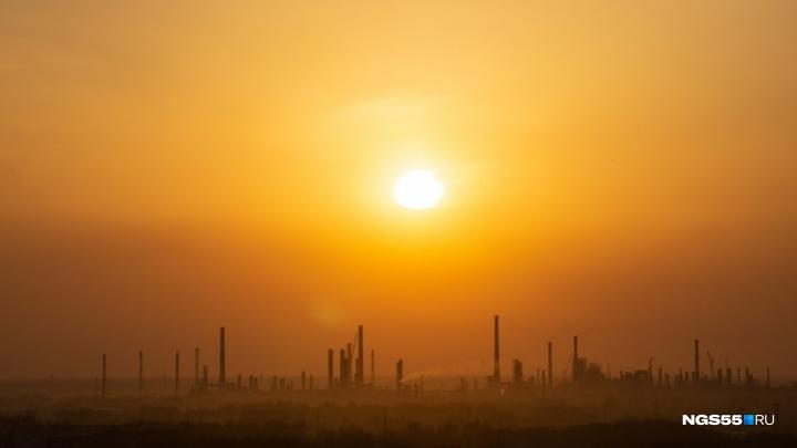 В минприроды рассказали, почему ночью стоял неприятный запах на левобережье и в Нефтяниках