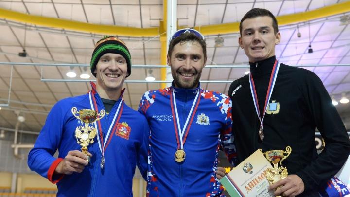 Конькобежец Александр Румянцев из Архангельска стал чемпионом России на дистанции 10 тысяч метров