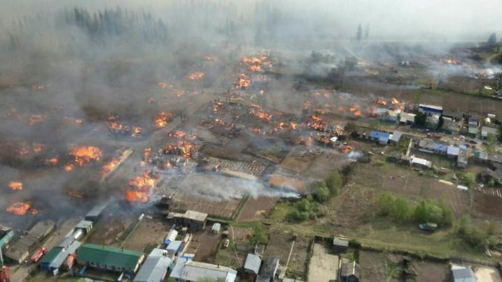 «Хватай сына и уходите»: мать за секунды лишилась дома в страшном пожаре. Как перевернулась её жизнь