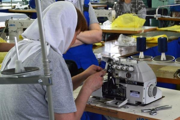 Швейная мастерская в колонии оснащена современным оборудованием