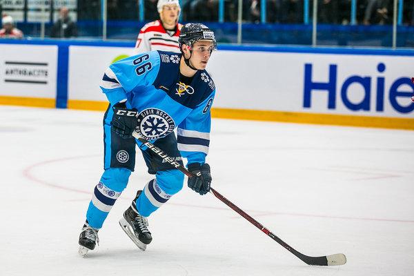 Хоккеист «Сибири» стал лучшим новым игроком месяца