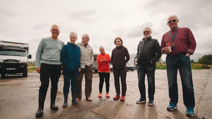 В Тюмень заехали немецкие пенсионеры, колесящие по странам в домах-трейлерах. Как это было