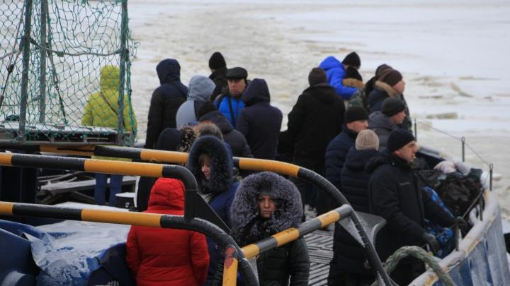 До открытия ледовых переправ в Архангельске на острова будут ходить буксиры