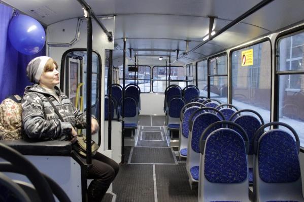 В департаменте транспорта вспомнили, что в маршрутках стоимость проезда уже давно ездят по 25 рублей