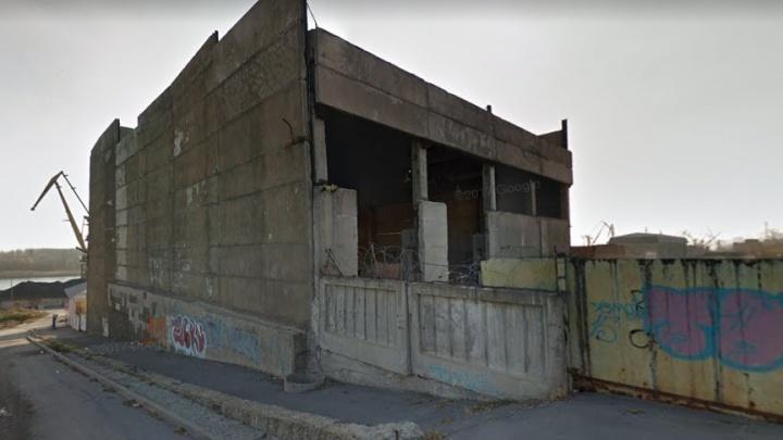 В ростовской Нахичевани на продажу под строительство выставили территорию стекольного завода