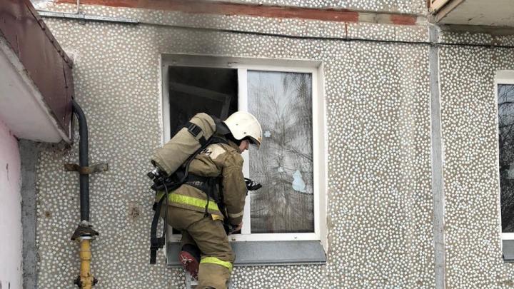 Двое мальчиков-близнецов погибли при пожаре на Старой Московке