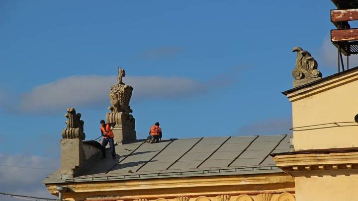 Чиновники открестились от ДК «Мир» на проспекте Кирова