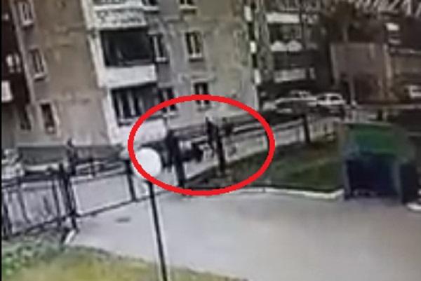 Спустя два дня тюменские полицейские всё-таки объяснили странное задержание студента в Екатеринбурге