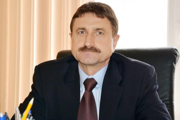 В 1986 году Павел Герасимов окончил Высшие курсы КГБ