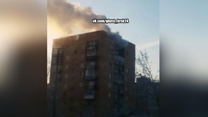 На Юшкова вспыхнула заваленная мусором со свалки квартира