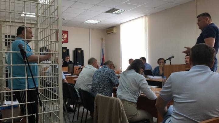 Дело бывших полковников ФСБ: обвинение запросило для них 37 с половиной лет лишения свободы