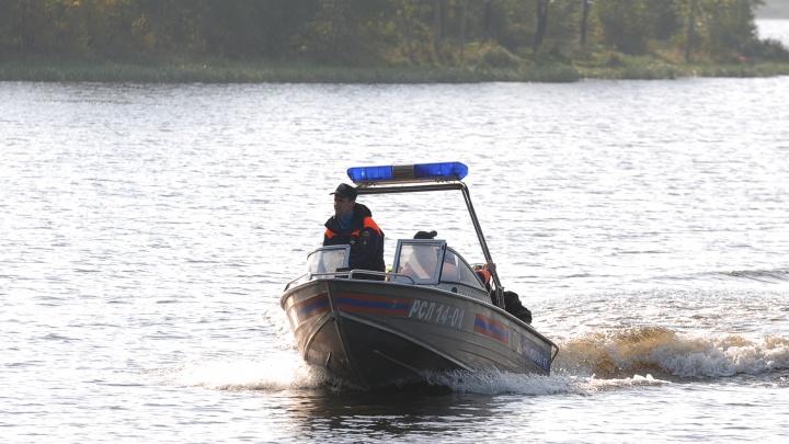 На севере Свердловской области погибли пять человек, которые плыли на лодке
