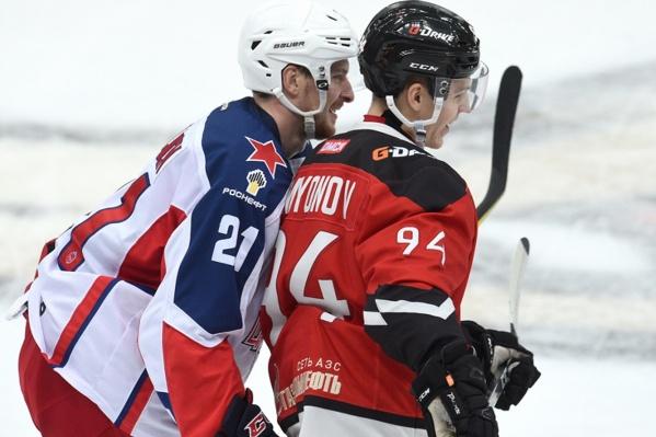«Переходи к нам, у нас классно... сейчас девятая победа подряд будет», — убеждал Кирилла Семёнова Сергей Калинин