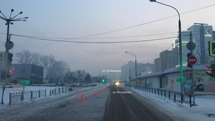 Спустя три часа с начала нового года у Центрального рынка насмерть сбили пешехода