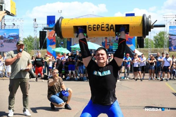 Самый сильный человек Сибири — Иннокентий Веселов