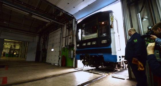 Где метро Екатеринбурга выходит на поверхность: изучаем ветку, по которой не возят пассажиров