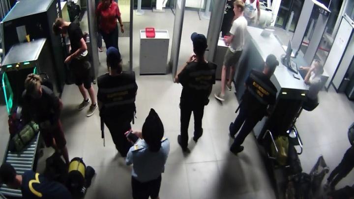 В Волгограде у туристки из Екатеринбурга украли рюкзак с вещами