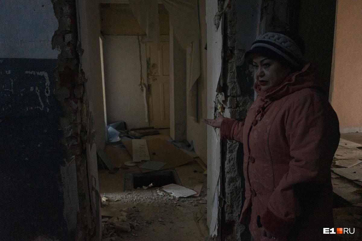 Гульфия говорит, что в октябре именно под её квартирой нашли тело тренера, которого несколько дней искали родственники