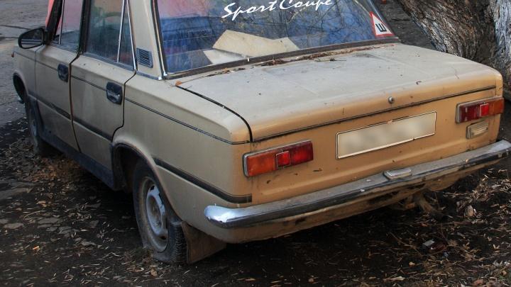 Новосибирец сдал на металлолом две чужие машины