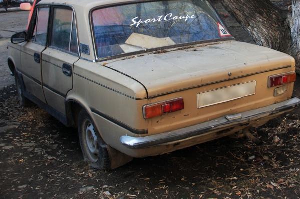 Обвиняемый вывез на грузовике два ВАЗа с улицы Новая Заря