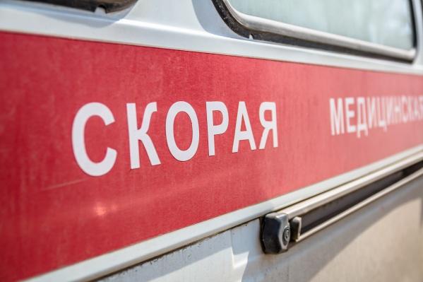 Два человека обратились в больницу