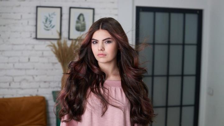 Модель из Перми выступит на конкурсе «Краса России — 2019». Ей всего 16, а у нее уже свой магазин