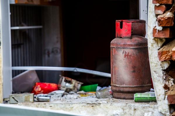 Во время взрыва баллона пострадал продавец