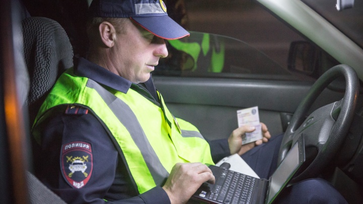 Четыре десятка пьяных водителей попались автоинспекторам на дорогах